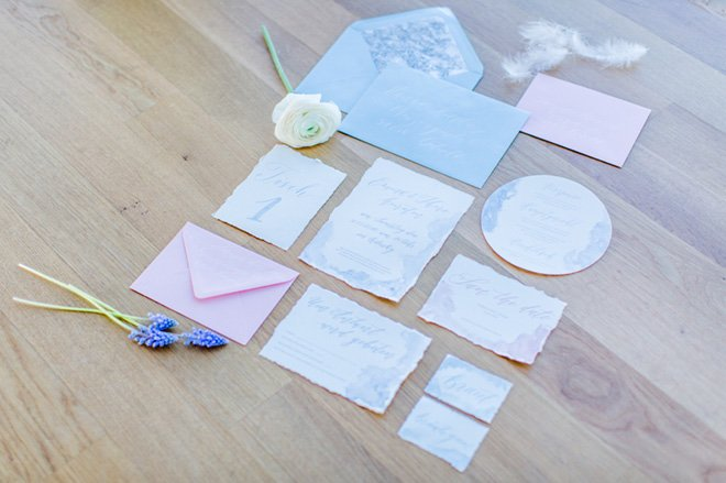 Über den Wolken - Hochzeitsideen in Pantone Farben 201614