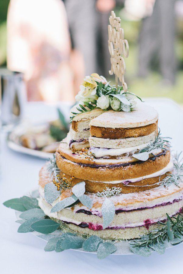 Naked Cake Scheunenhochzeit - Fraeulein K sagt Ja - Heiraten in der Scheune