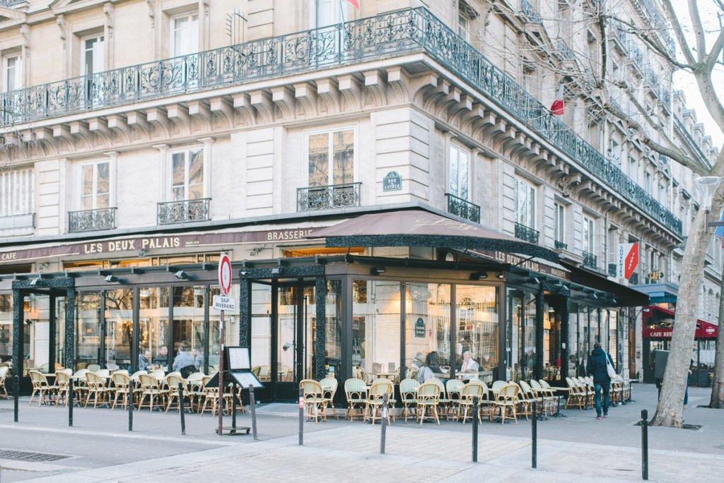 Spaziergang an der Seine Paris