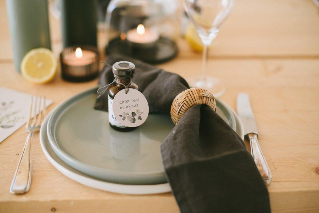 Gin als Gastgeschenk