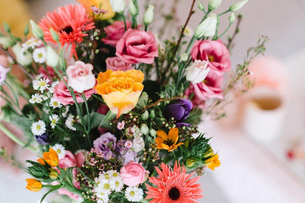 Bunte Frühlingsblumen