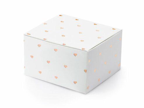 Weiße Geschenkschachtel mit roségoldenen Herzen