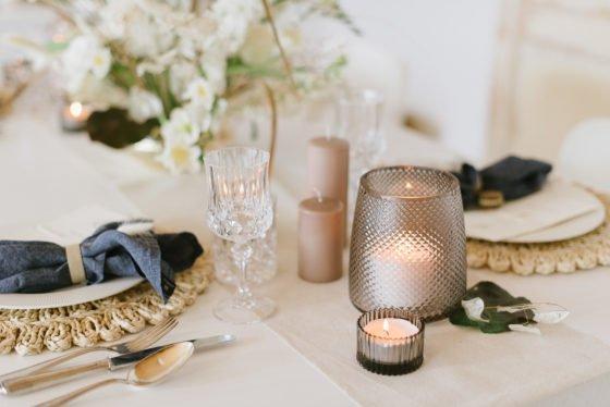 Tischdeko mit Trockenblumen