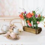 DIY Anleitung für ein frühlingshaftes Tulpengesteck