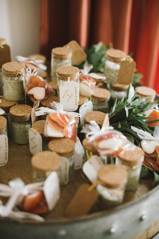 Gastgeschenkidee: Kräutersalz selbst gemacht