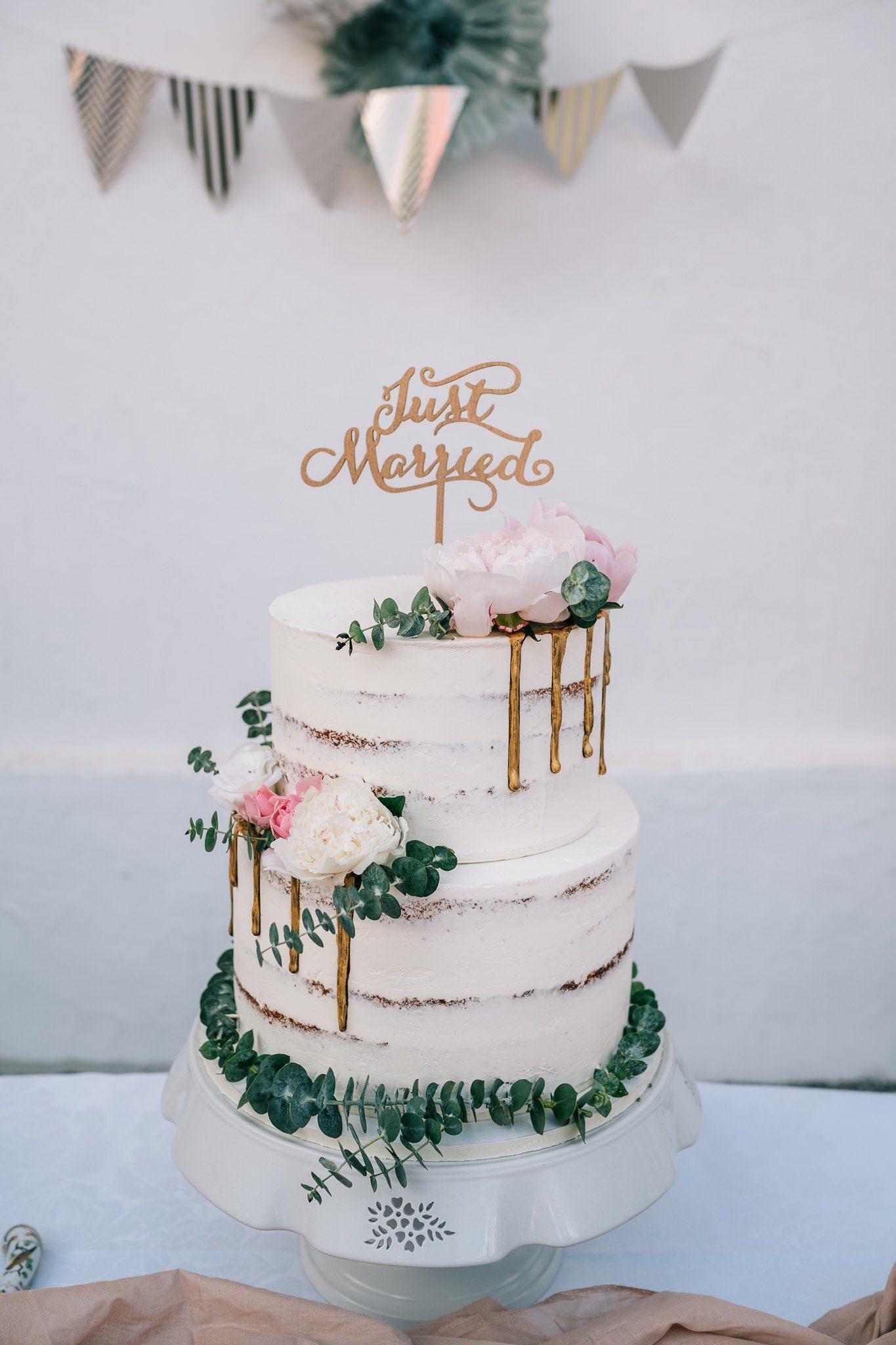 Naked Cake Hochzeitstorte mit Eukalyptus