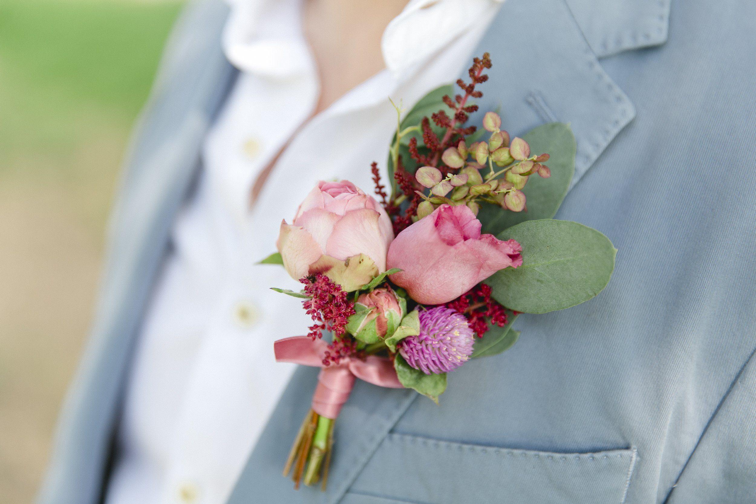 Floraler Anstecker Bräutigam