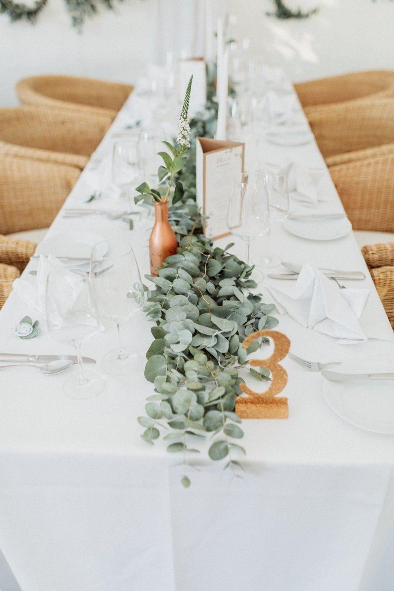 Tischdeko mit Eukalyptus