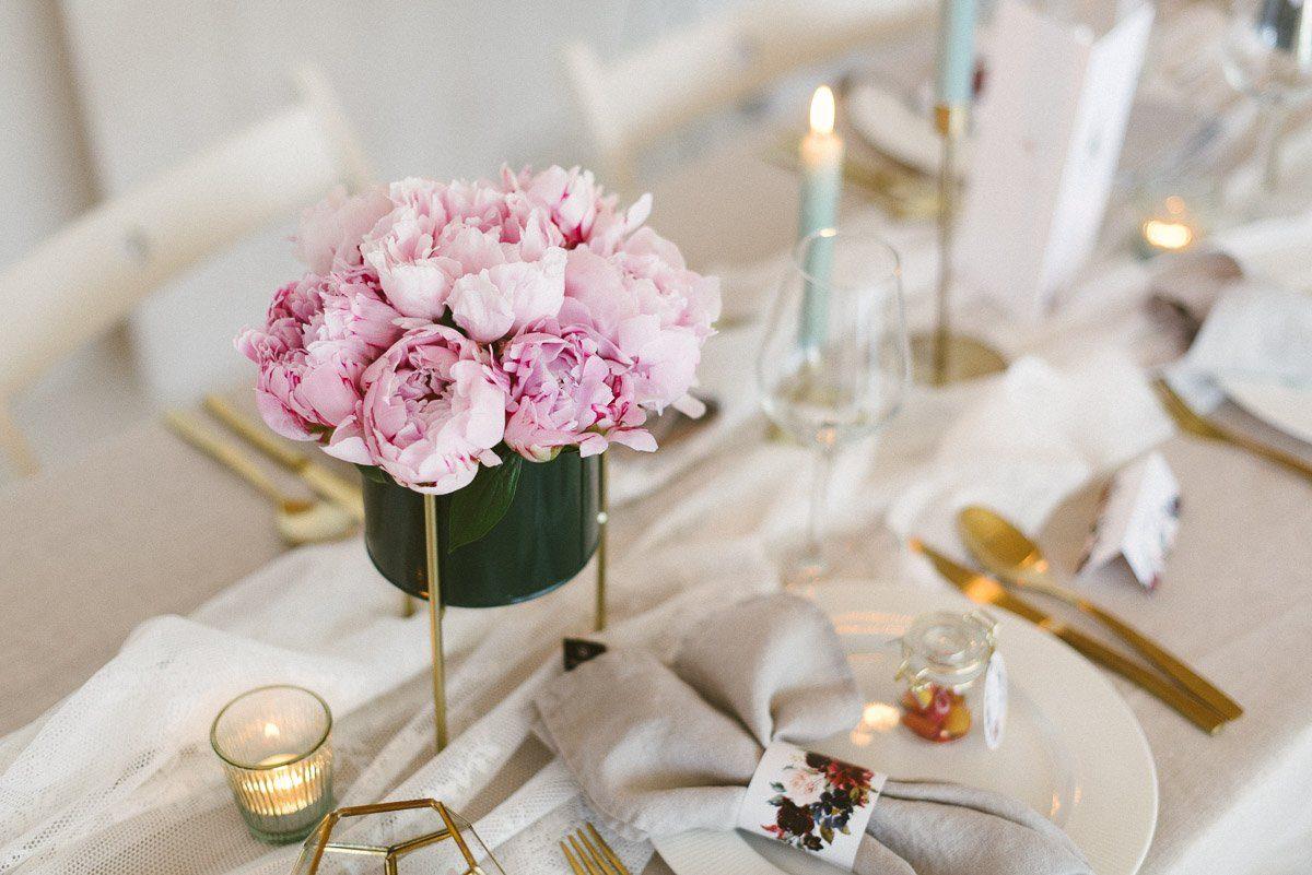 Bouquet mit Pfingstrosen selbst stecken