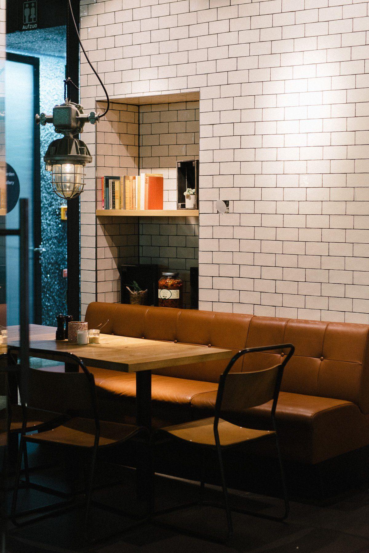 Cafe trinken im Bikini Berlin