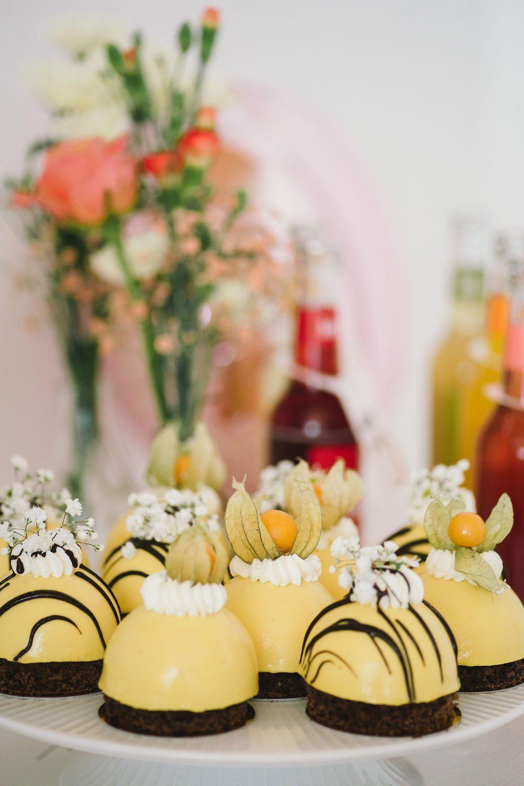 Törtchen und Cupcakes zum Junggesellinnenabschied