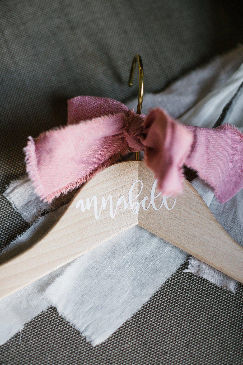 Kleiderbügel mit Namen