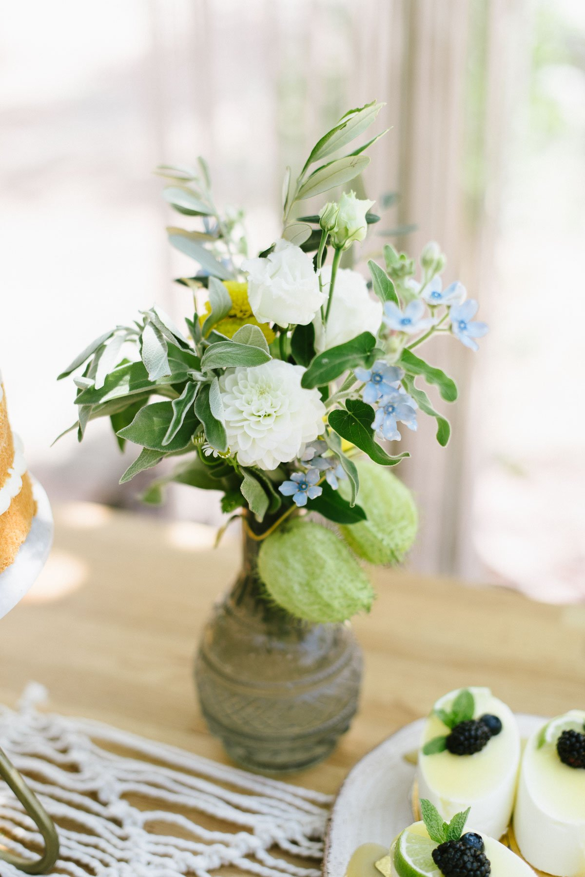 Sommerliche Blumendeko