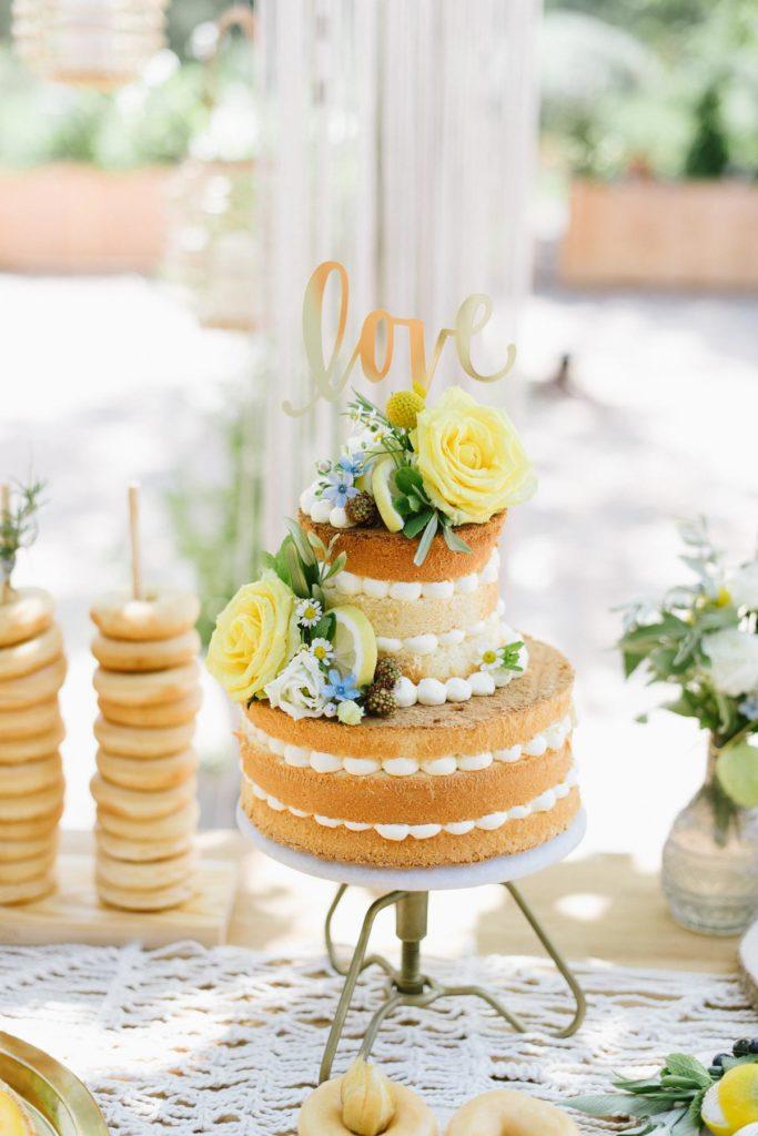Hochzeitstorte mit Zitrone