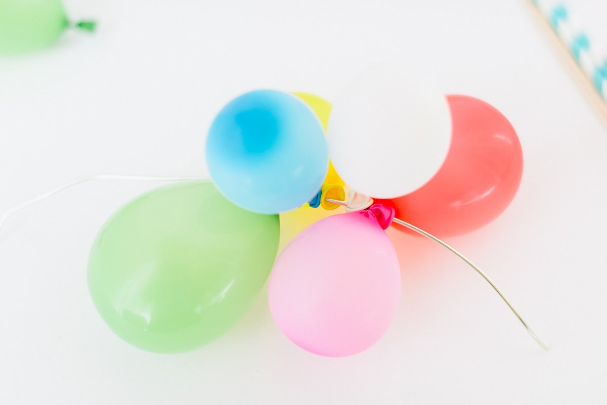DIY Anleitung Cake Topper Kuchenfigur Geburtstag Ballongirlande-7