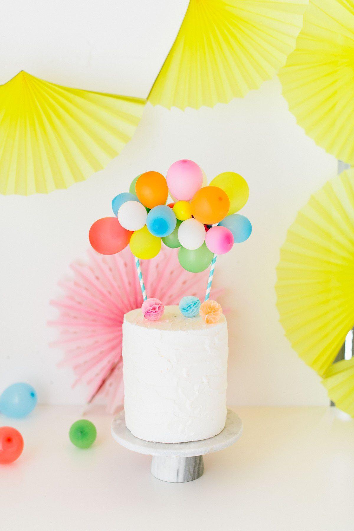 Anleitung für eine Mini Ballongirlande als Kuchenfigur