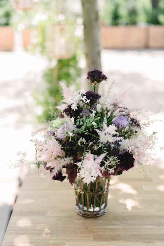 Romantische Hochzeitsdeko mit Lavendel