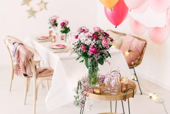 Pink Party! Platzkarten aus Acryl selbst gestalten