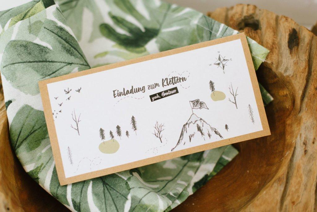 Klettern am Kindergeburtstag? Ladet diese Einladung, den Fotorahmen und weitere coole Dekoideen einfach herunter. Ausdrucken und feiern!