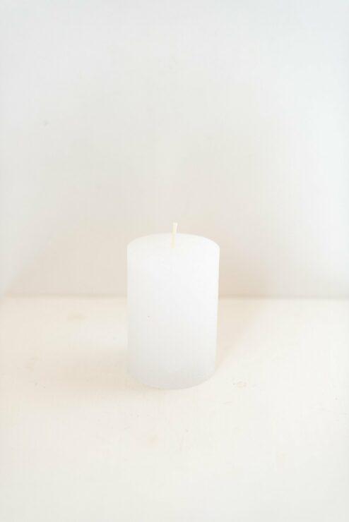 Rustikale Stumpenkerze weiß 10cm