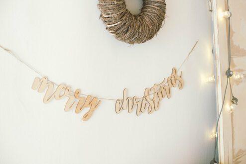 Girlande Merry Christmas aus Holz