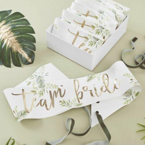 schaerpe team bride botanical