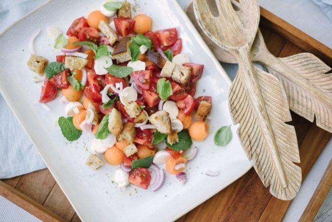 Rezept Brotsalat mit Tomaten und Melone