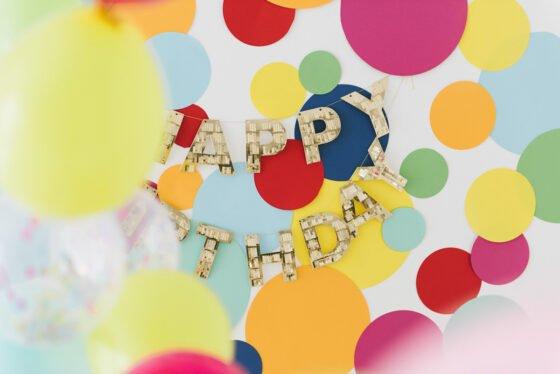 Dekoration bunt Kindergeburtstag Ballons