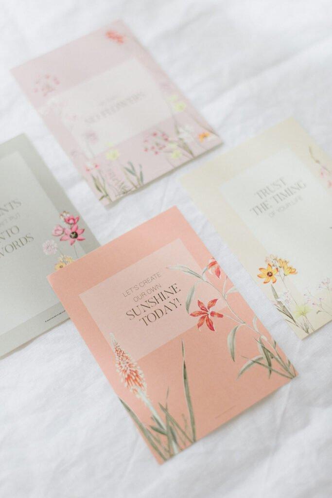 Hochzeitsdekoration mit Blumen Elegant Flowers Papeterie