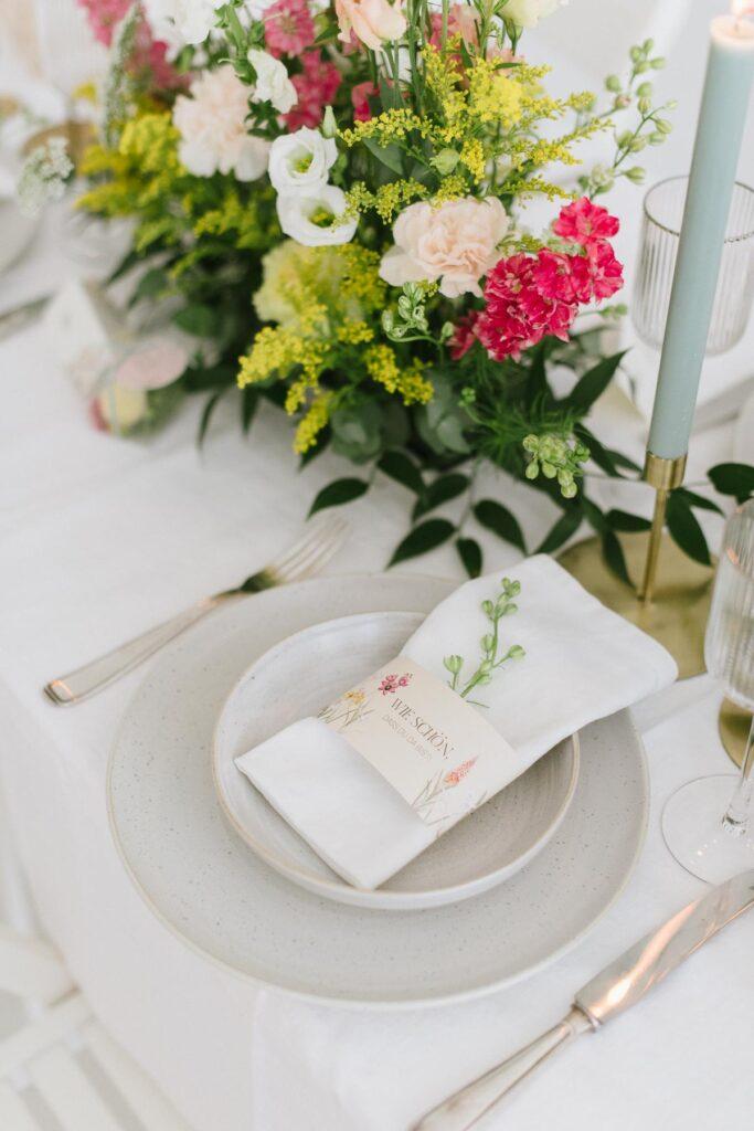 Hochzeitsdekoration mit Blumen Elegant Flowers Banderole