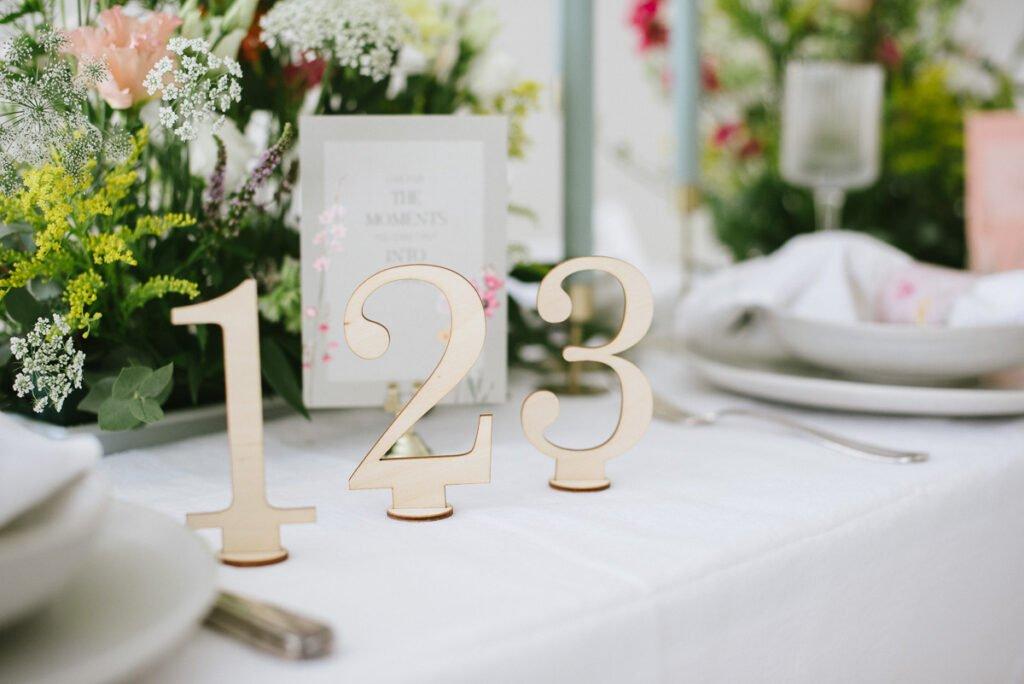 Hochzeitsdekoration mit Blumen Hochzeitsdekoration