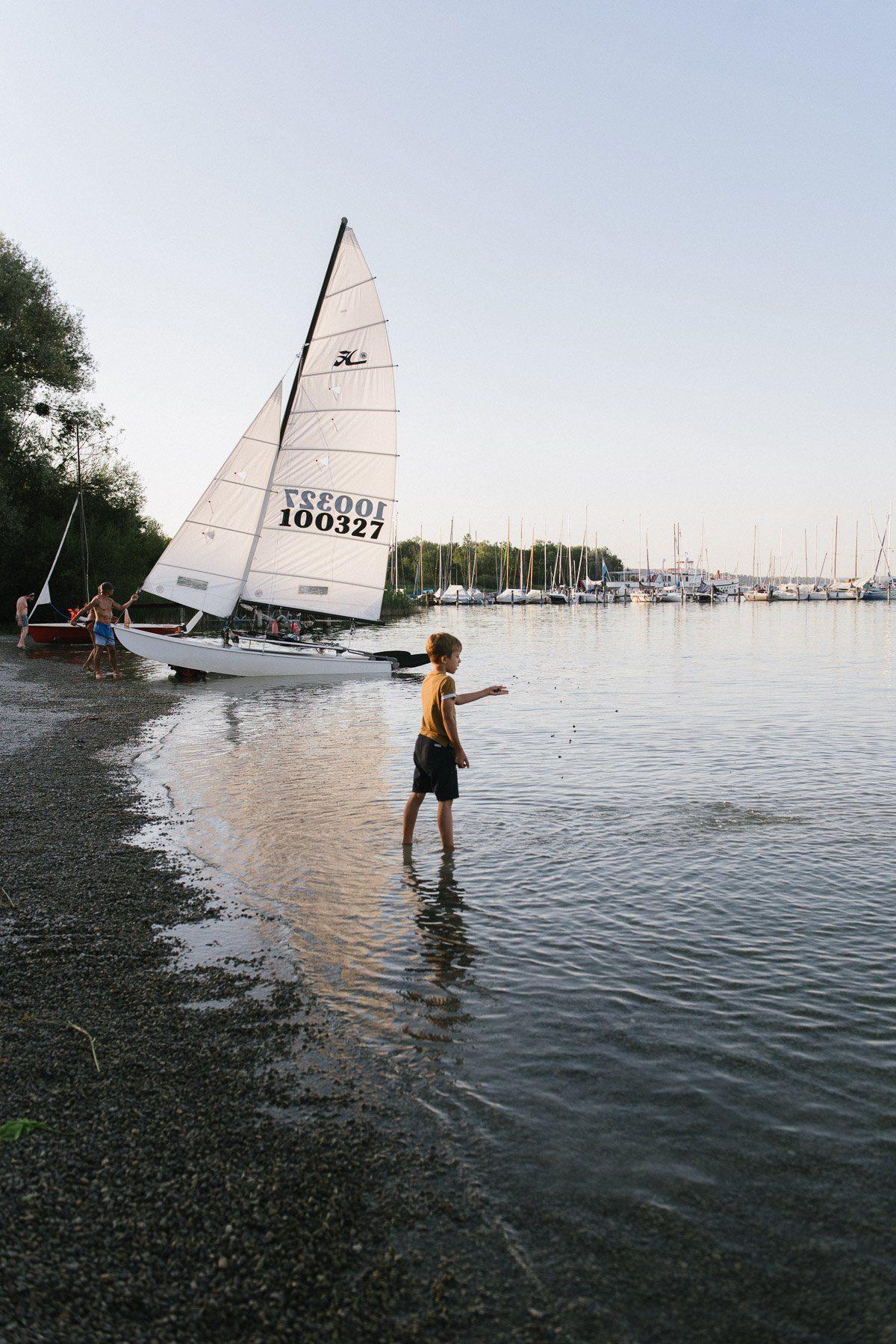 Baden am Abend im See