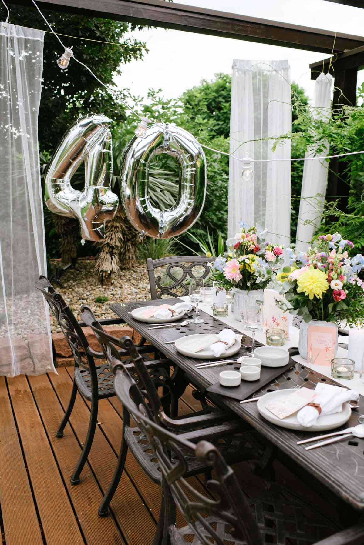 Deko zum 40. Geburtstag im Garten