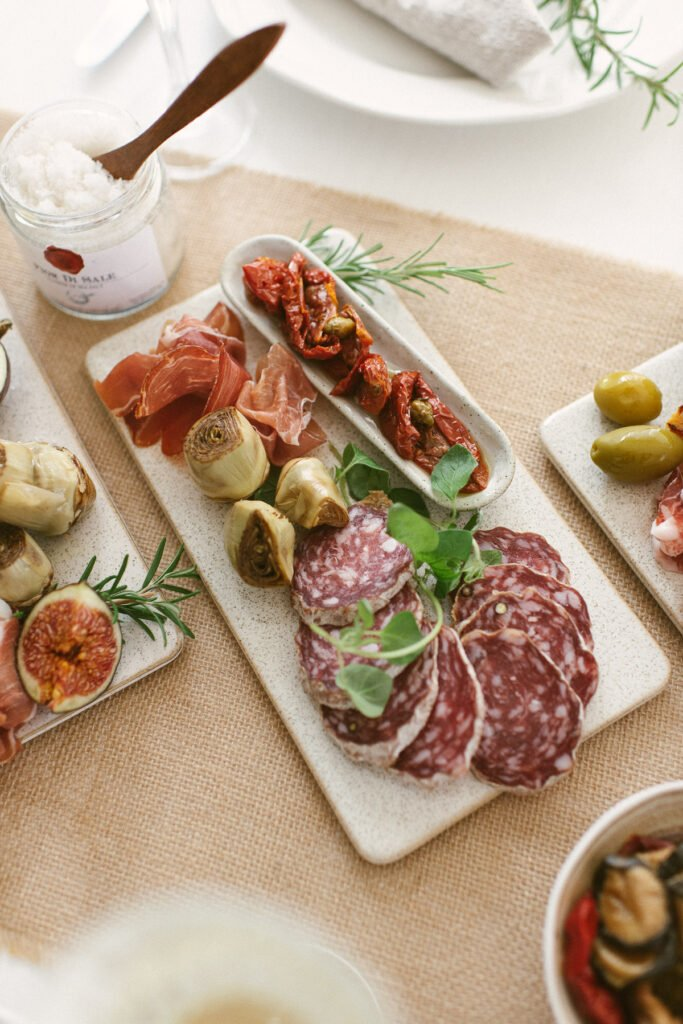 Italienisch mediterran Antipasti Platte anrichten Anleitung und Rezept