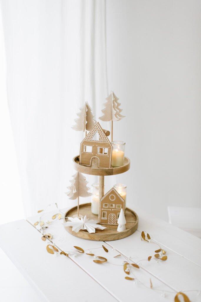 Upcycling DIY Tannenbäume aus Leinentischläufer einfach selber basteln und dekorieren aus unseren Tischläufern Weihnachtsdeko selber machen