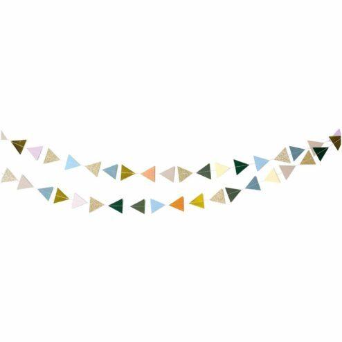 Genähte Girlande Dreiecke natur