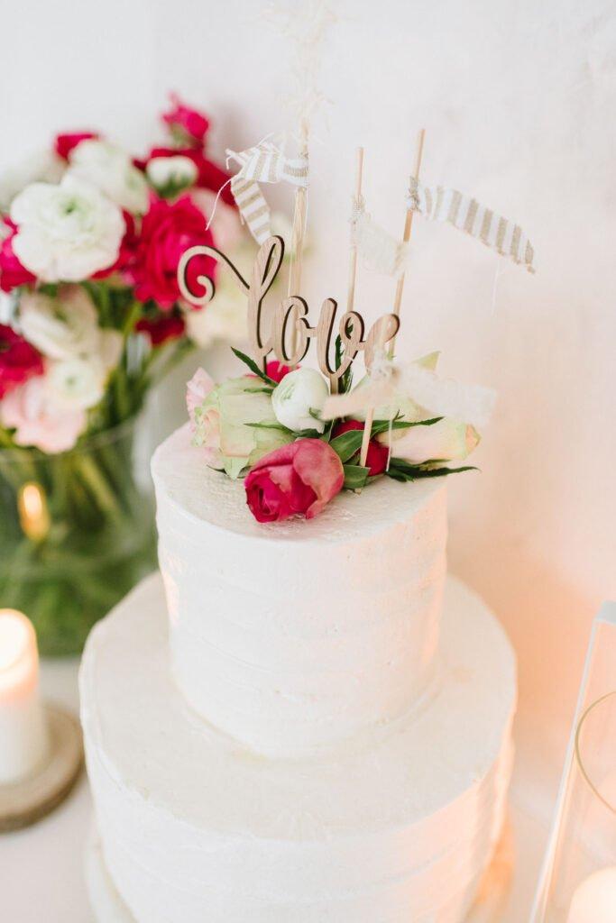 Günstige Hochzeitsdeko zum Selbermachen: Deko- und DIY- Ideen für eure easy Hochzeitsdeko, die jeder schnell und preiswert selber machen kann