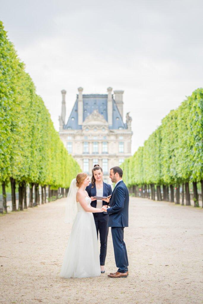 5 Insider-Tipps zur Planung eurer Elopement Hochzeit in Paris. Hochzeitsplanung in Zeiten von Corona: krisensicher und romantisch Heiraten.