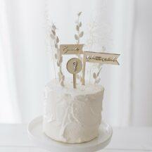 Cake Topper dreifarbig 'Geburtstagskind + Name + Zahl' aus Holz