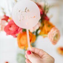 Geschenk für Mamas: Blumenstecker aus Acryl