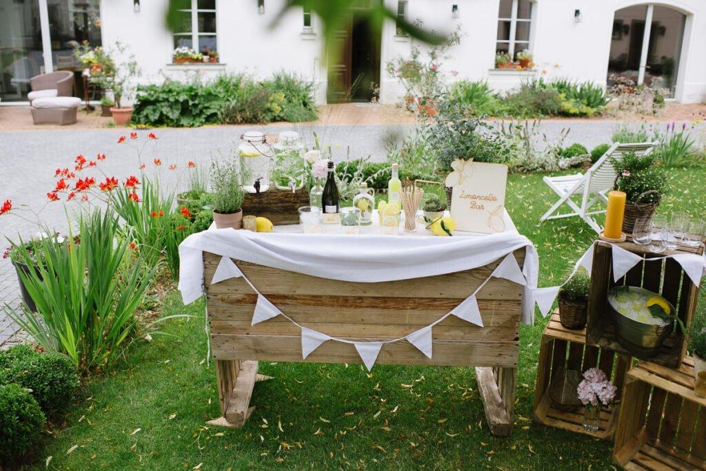 Limoncello Bar für die Gartenparty am Geburtstag