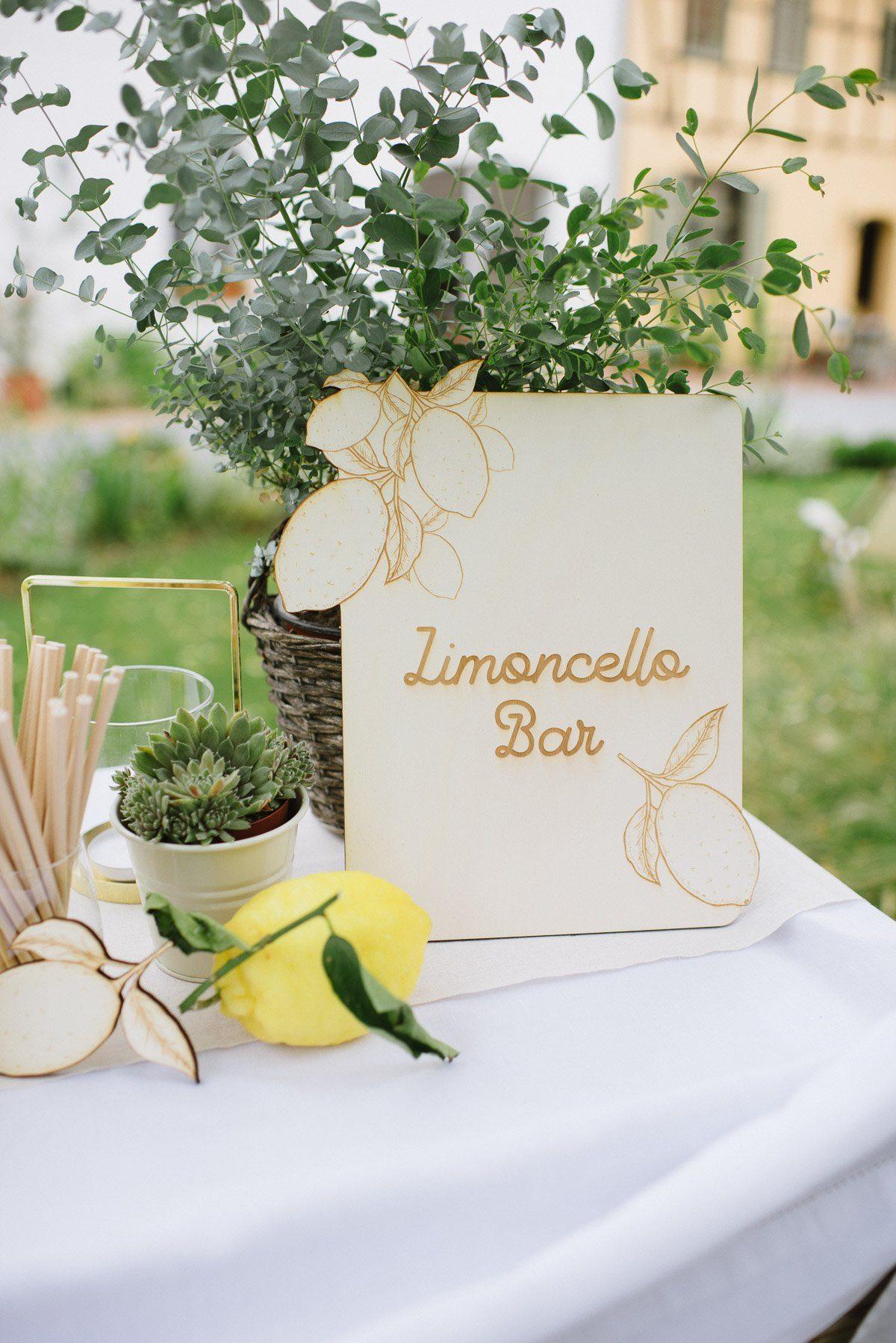 Holzschild Limoncello Bar