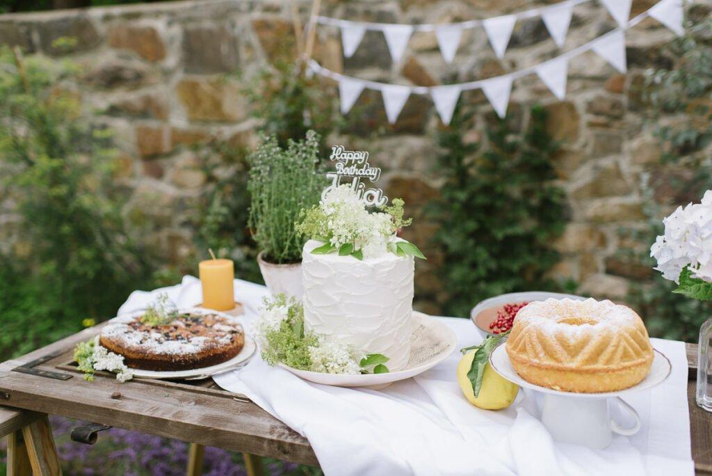 Kuchenbuffet zum Geburtstag