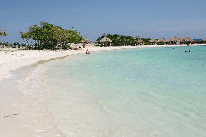 Traumstrand für die Flitterwochen- Baby beach auf Aruba