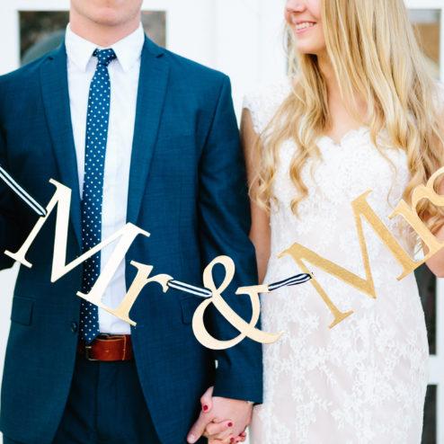 Mrs & Ms Schriftzug