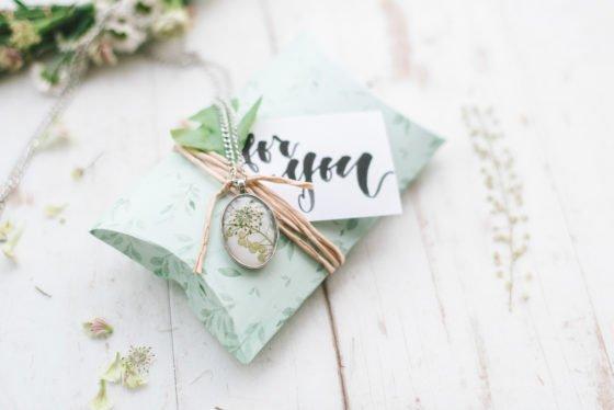 Handlettering und Blumenkränzen – Ein kreativer Mädelstag