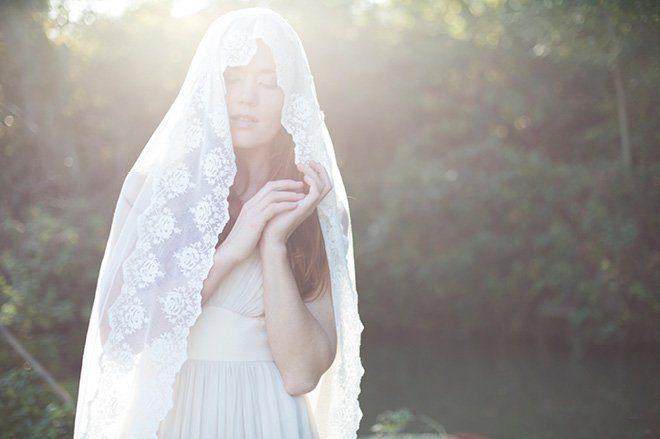 Brautkleider mit Spitze von Efenkleid