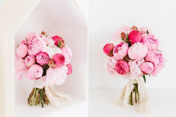 Brautstrauß im April mit Pfingstrosen in schönen Rosatönen2