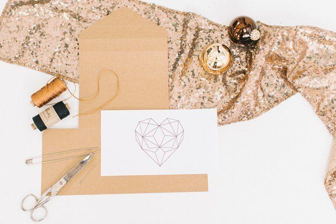 DIY Fotobox mit gesticktem Herz aus Kupfergarn