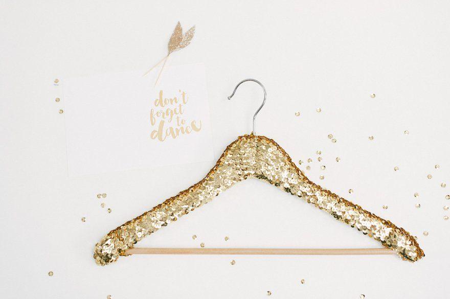 DIY Kleiderbügel für das Brautkleid 4